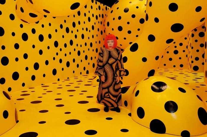 Самая дорогая художница в мире 40 лет живёт в сумасшедшем доме (16 фото)