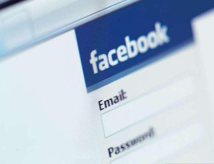 10 людей, которые оказались в тюрьме за пост на Facebook (11 фото)