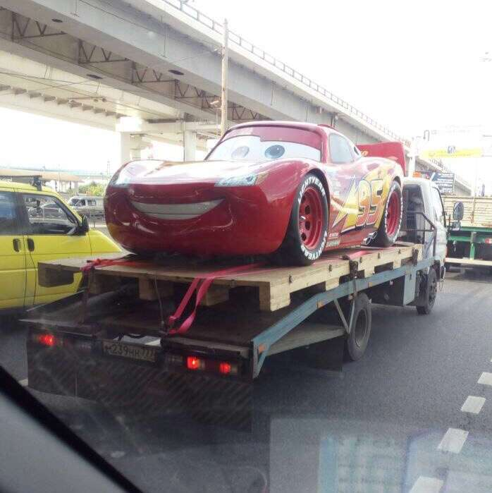 Подборка автомобильных приколов (26 фото)