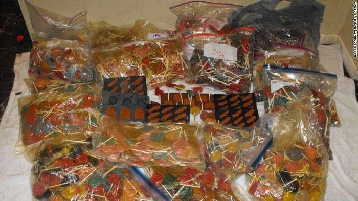 Техасская полиция обнаружила 300 кг леденцов с метамфетамином (5 фото)