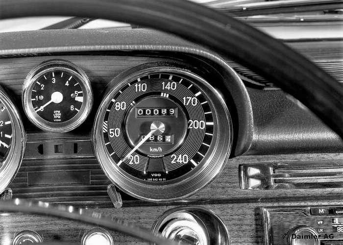 Mercedes-Benz 300 SEL 6.3, который изменил все (20 фото)