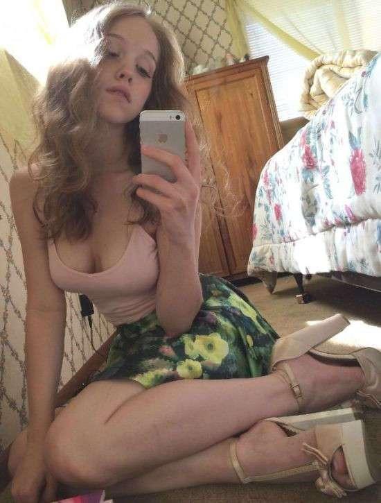 Красивые девушки из соцсетей (28 фото)