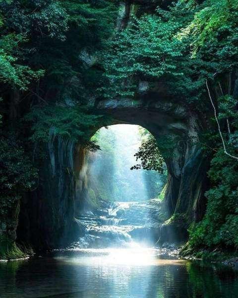 Мир прекрасен и без фотошопа (33 фото)