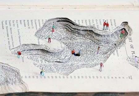 Необычные диорамы, вырезанные из старых книг Кайлом Киркпатриком (8 фото)