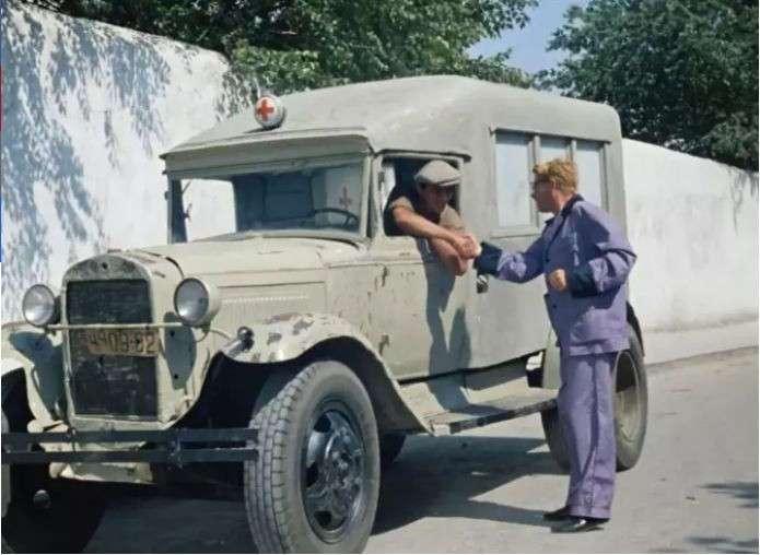 Немец посмотрел -Кавказскую пленницу-. Есть вопросы (25 фото + 4 гиф)