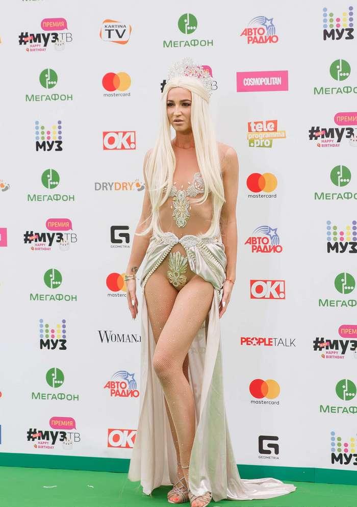 Самые неудачные наряды с премии Муз ТВ 2017 (18 фото)