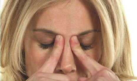 4 повседневные привычки, которые могут вызывать головные боли