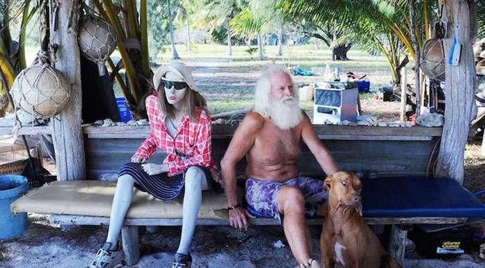 Обанкротившийся миллионер бросил все и прожил 20 лет на необитаемом острове (9 фото)