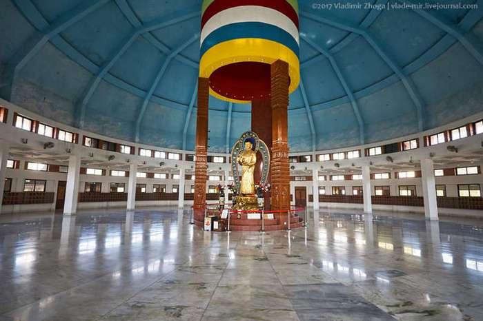 Лумбини - весь Буддизм в одном парке! (35 фото)