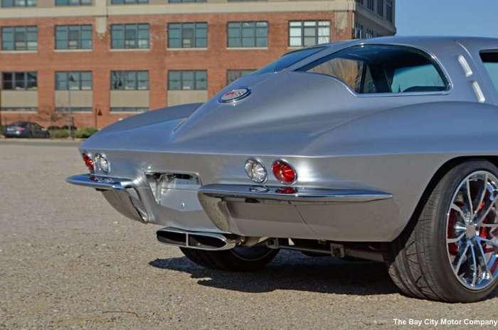 Потрясающий классический Corvette 1963 года с современной начинкой (34 фото)