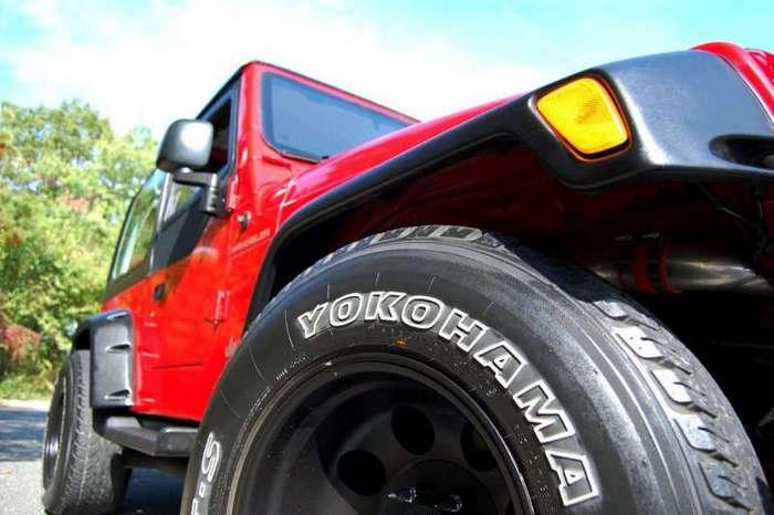 Jeep Wrangler с 350-сильным двигателем от Toyota Supra (15 фото + 3 видео)