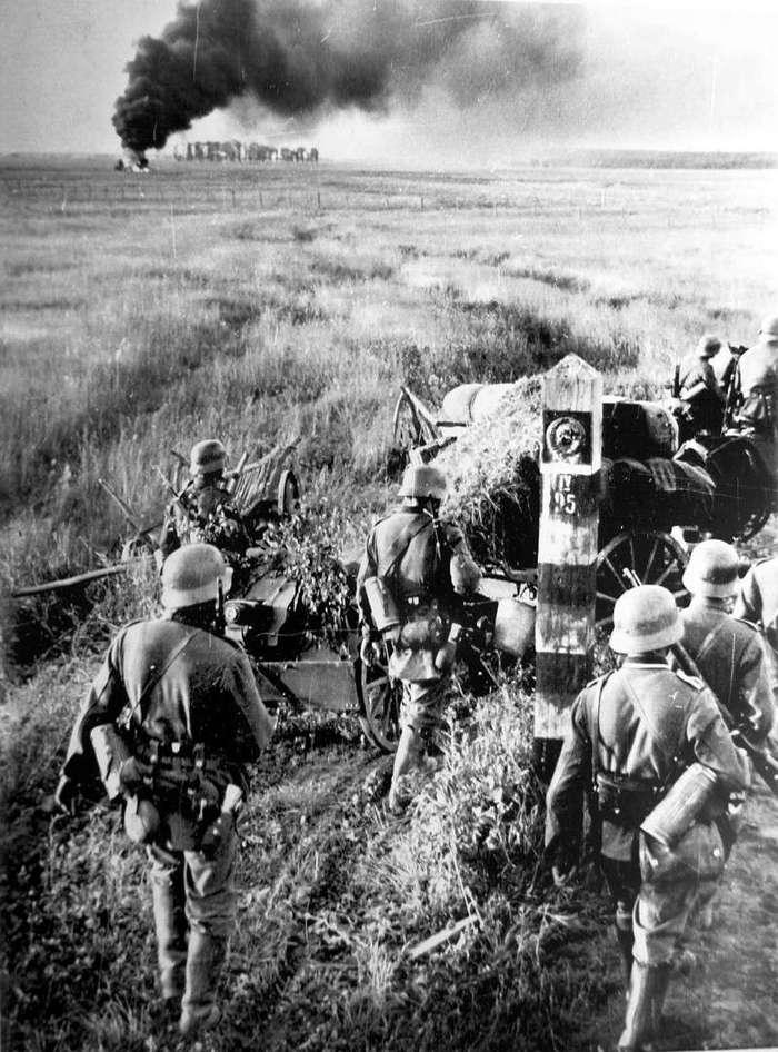 Как началась война. Фотографии 22 июня 1941 года (16 фото)