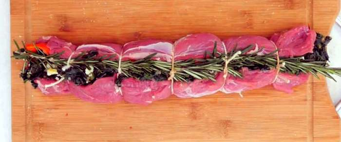 Фаршированная свиная вырезка. Удивите родных восхитительным блюдом на ужин!