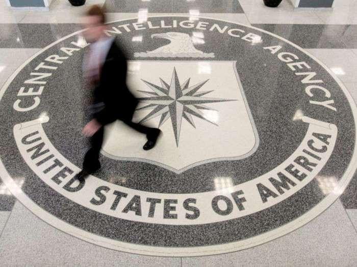 Американские хакеры (2 фото)
