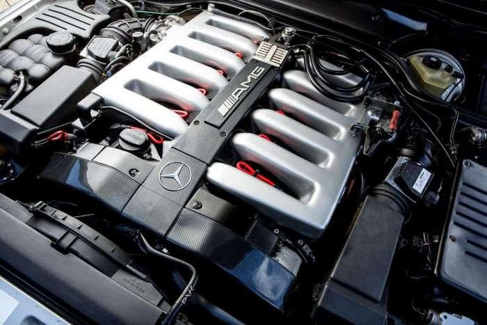 Mercedes-Benz R129 AMG с двигателем объемом 7.2 литра (9 фото)