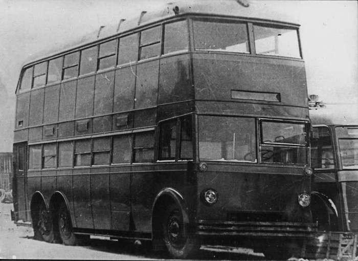 22 июня 1938 года- изготовлен первый отечественный 2-этажный троллейбус ЯТБ-3 (5 фото)