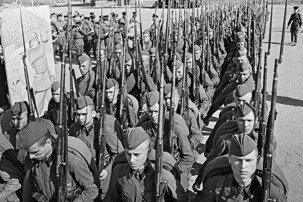 За десять дней до войны (4 фото)