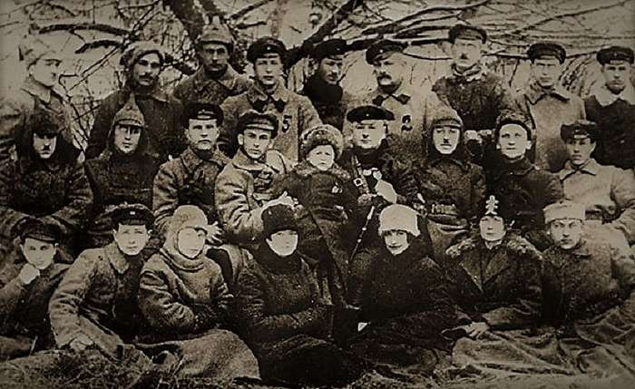 Григорий Котовский: легенда о -бессарабском Робин Гуде- (8 фото)