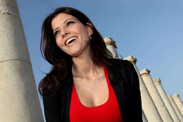 Самые сексапильные женщины в мировой политике (39 фото)