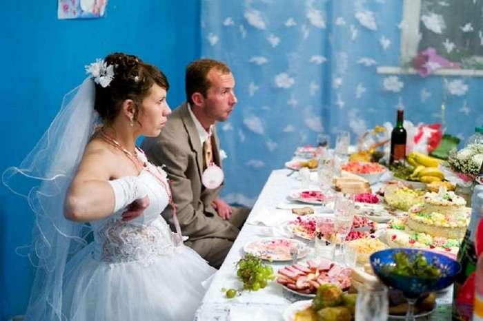 Свадьба в кредит и зубы на полку - безмозглые (1 фото)