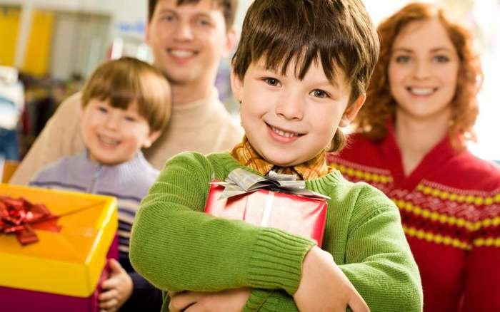 Как выбрать подарок родителям?