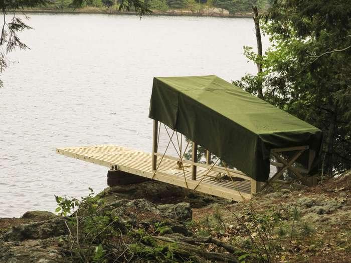 Современная стационарная палатка