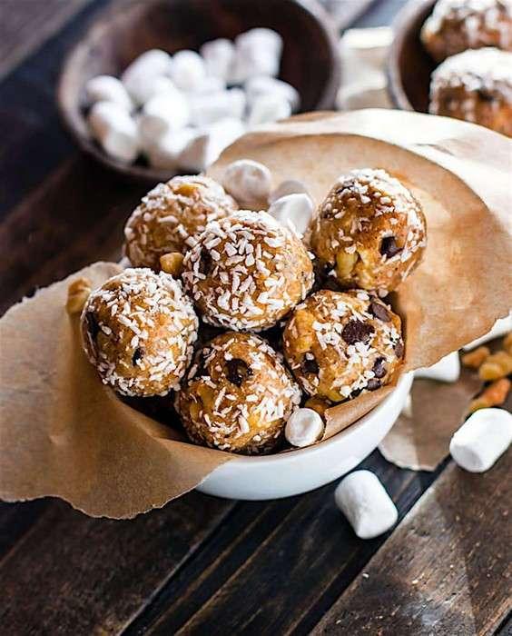 Сладость в радость: полезные пирожные всего за 10 минут, которые покорили интернет