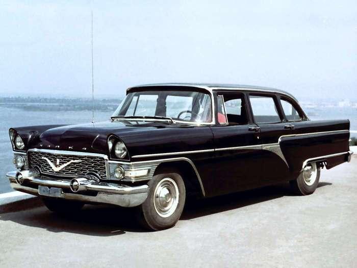 9 самых дорогих отечественных автомобилей