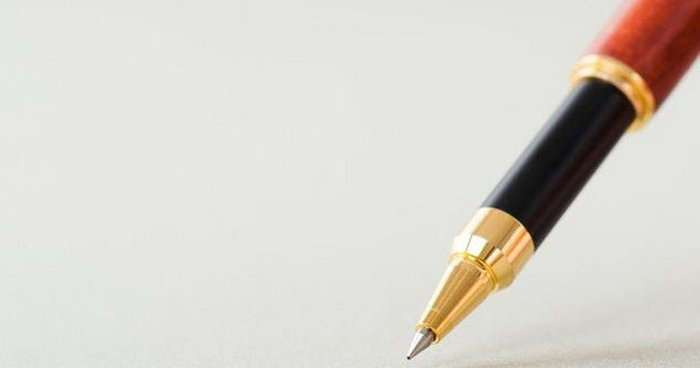 10 неожиданных фактов о происхождении канцелярских принадлежностей