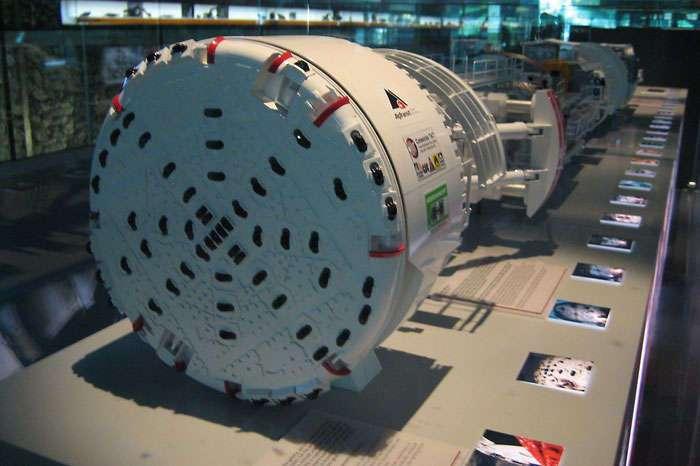 10 невероятных строительных машин, которые способны заменить человека в различных сферах