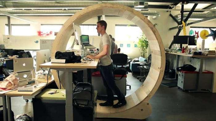 5 стильных и практичных рабочих столов, которые понравятся каждому