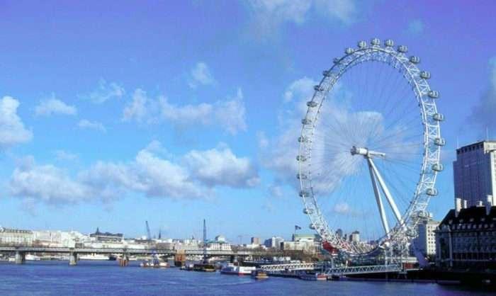 Огни города, звезды и романтика: в Лондонском колесе обозрения теперь можно провести с комфортом целую ночь