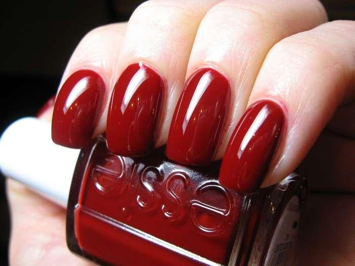 Универсальные бойцы: 7 оттенков лаков для ногтей, которые должны быть в коллекции каждой женщины