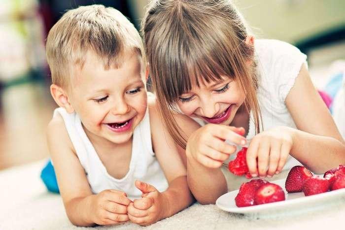 11 недетских способов использовать детские салфетки, которые очень пригодятся в быту