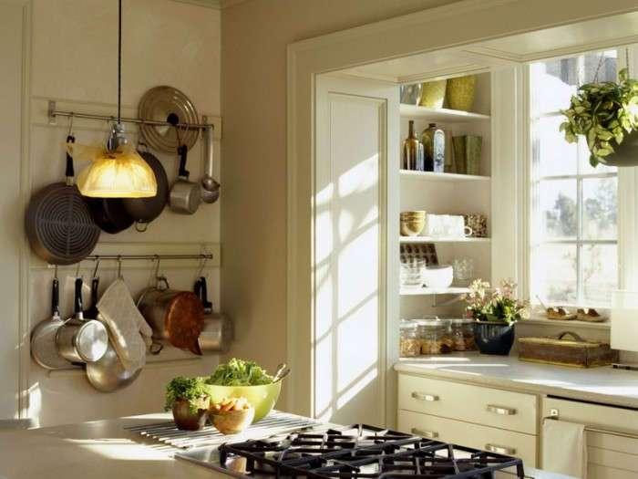 9 домашних хитростей: Как уместить ещё больше вещей на маленькой кухне