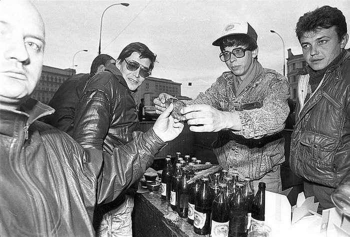 С антресолей уголовного розыска : Что стало с советскими фарцовщиками 1980-х годов