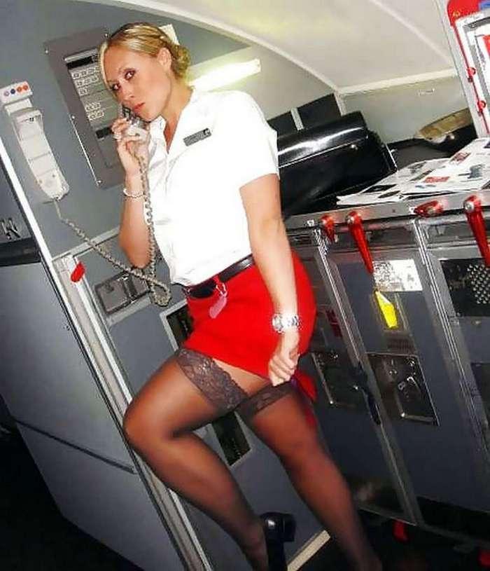 Фото стюардесса в чулках ххх67