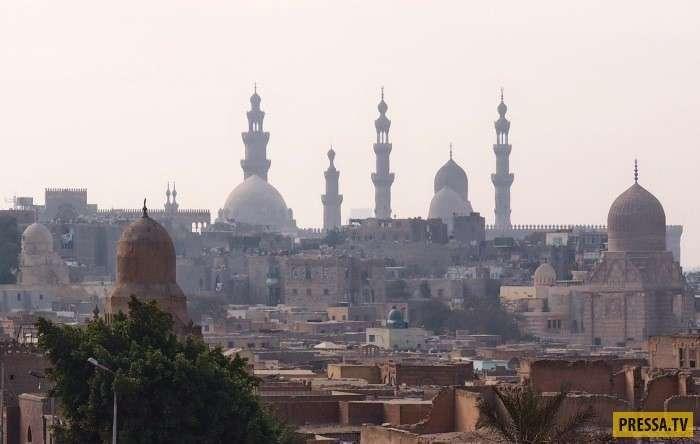 Необычный египетский город Заббалин: все жители - мусорщики (17 фото)