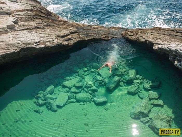 Красивейшие с кристально чистой водой водоёмы (17 фото)