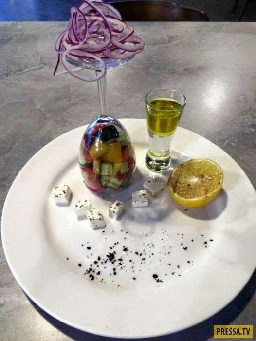 Самые необычные способы подачи блюд (21 фото + видео)
