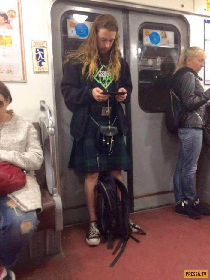 Модные граждане из российского метро (36 фото)
