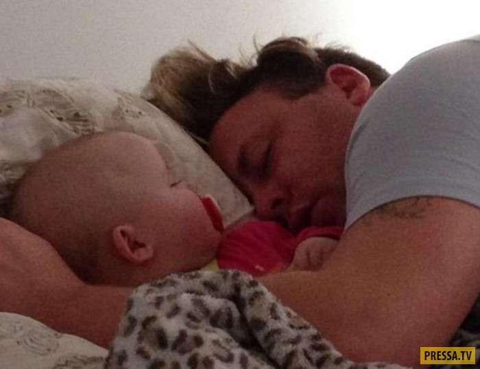 Не ругайтесь перед сном - призывает молодая вдова (10 фото)