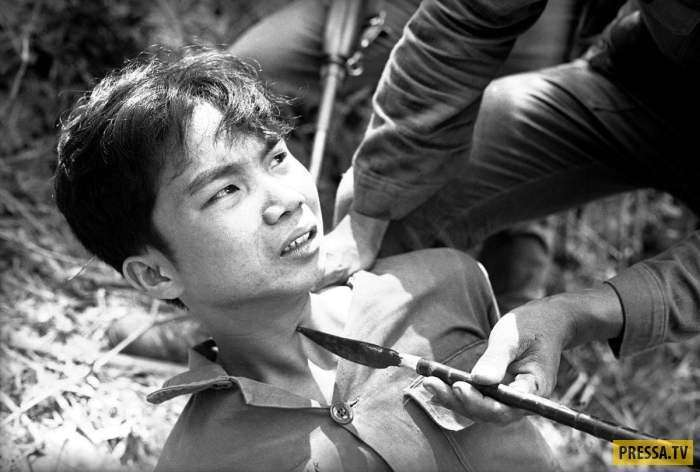 Уникальные фотографии времен войны во Вьетнаме, часть 2 (16 фото)