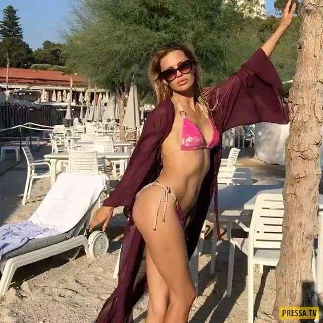 Виктория Боня в крохотном бикини на пляже (7 фото)