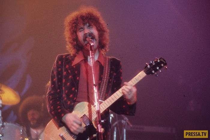 Известные рок-музыканты, которые добровольно ушли из жизни (8 фото + 5 видео)