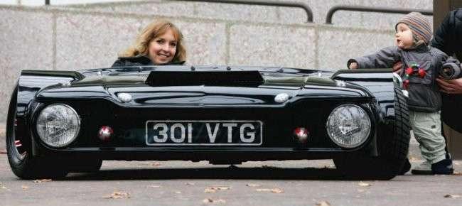 Самой низкая машина в мире (6 фото)