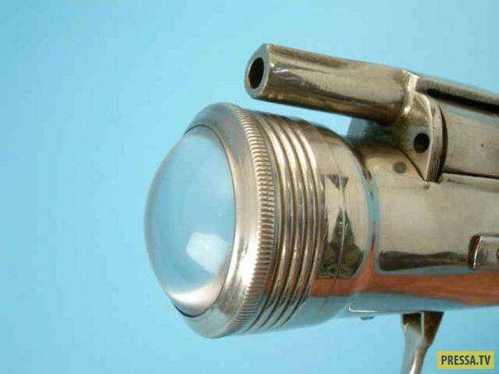 Семизарядный фонарик из Северной Кореи (5 фото)