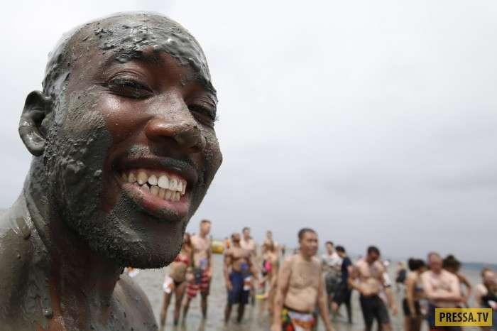 Фестиваль грязи в Южной Корее (10 фото)