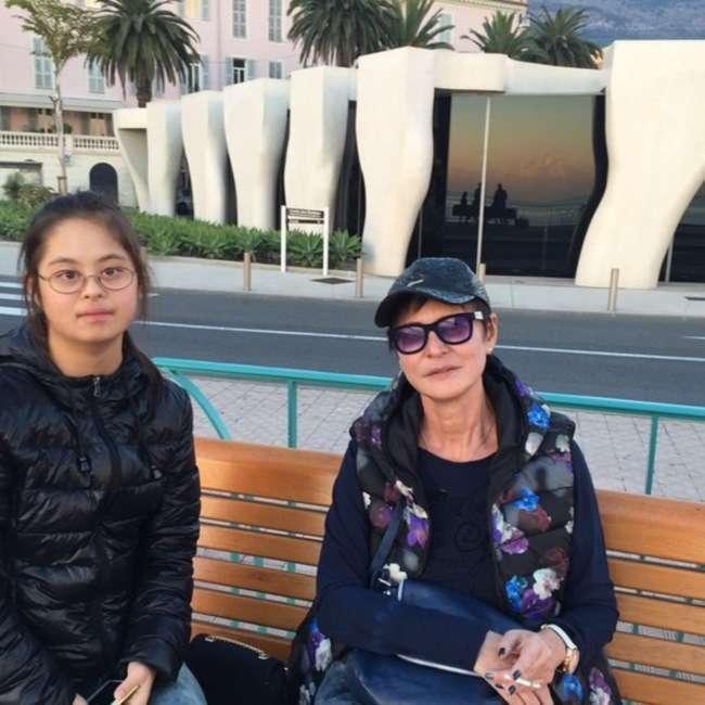 Синдром Дауна не приговор: вот как отдыхает солнечная дочь Ирины Хакамады.