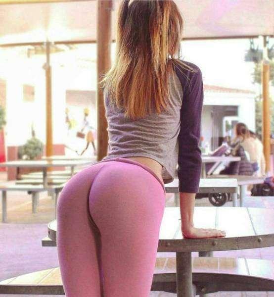Самая обширная коллекция женских штанов для йоги только у нас!